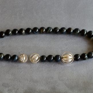 Falkenaugekette mit einem Verschluss aus 925/-Silber und Schmuckelement