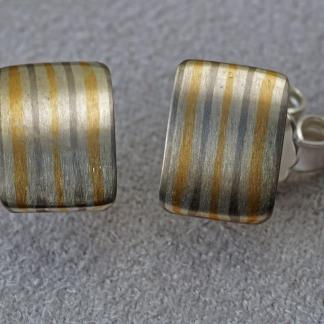 Mokume Gane Ohrstecker, viereckig aus 925/- Silber, 917/-Gold, 500/- Palladium