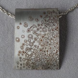 Mokume Gane Kettenanhänger aus 925/- Silber und Kupfer