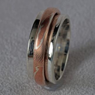 Mokume Gane Fingerring, mit beweglichem Innenring, 2 Ringe in einem aus 925/- Silber und Kupfer