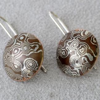 Mokume Gane Ohrhänger Silber/Kupfer rund Linsen mattiert freie Form Kreise/Kringel